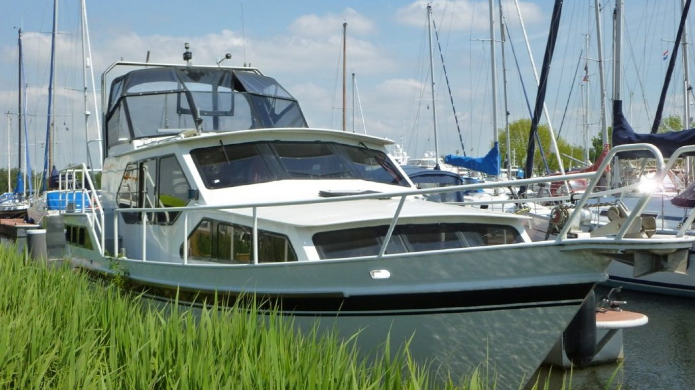 Motorboot Paula-007