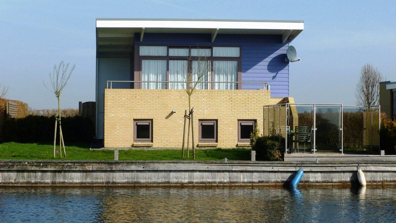 Vakantiehuis aan het water Marinapark Tacozijl